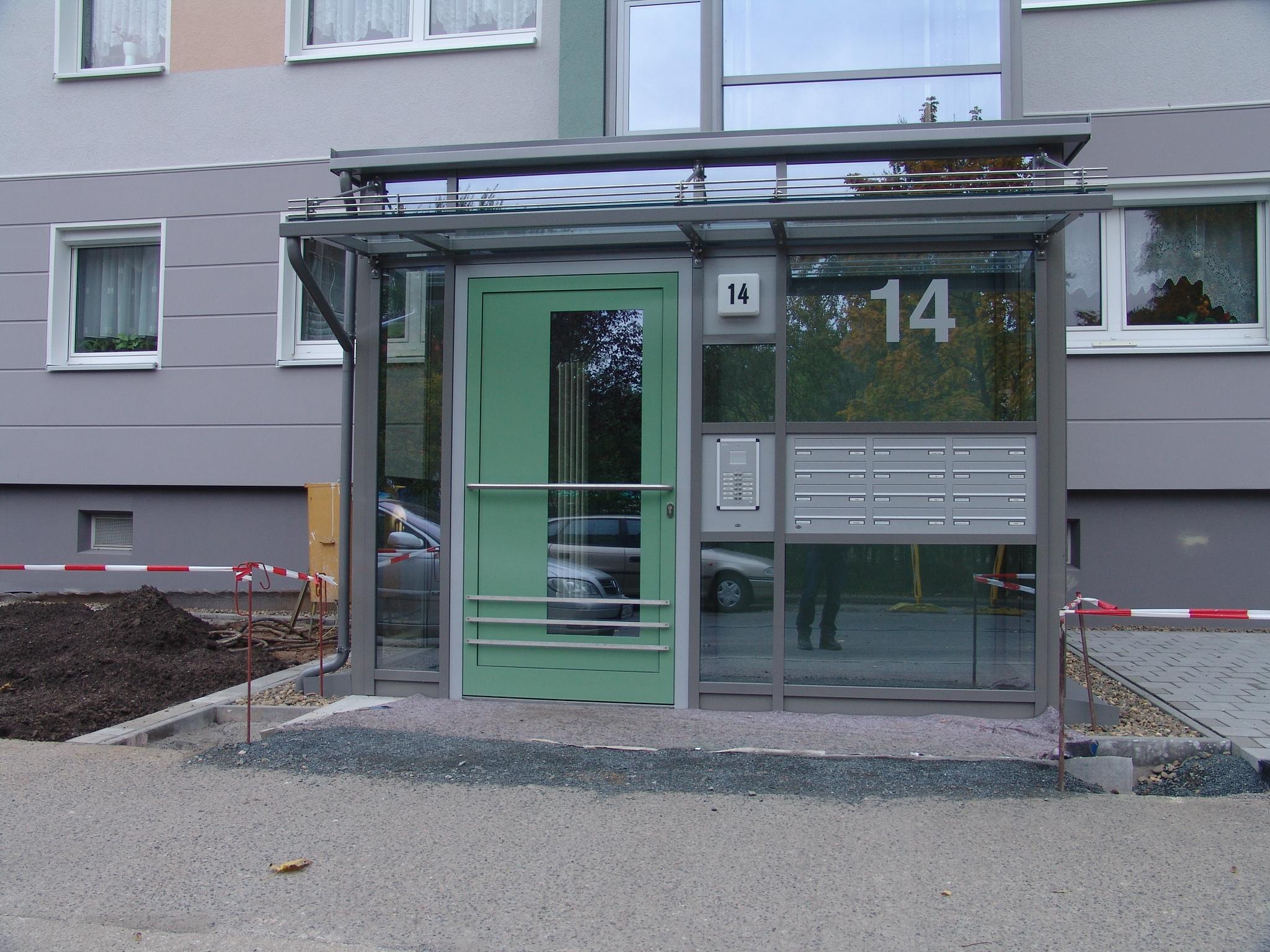bau+projekt - Planungsbüro Hochbau aktuelles Projekt: aufzugsanbau in Dresden-großzschachwitz